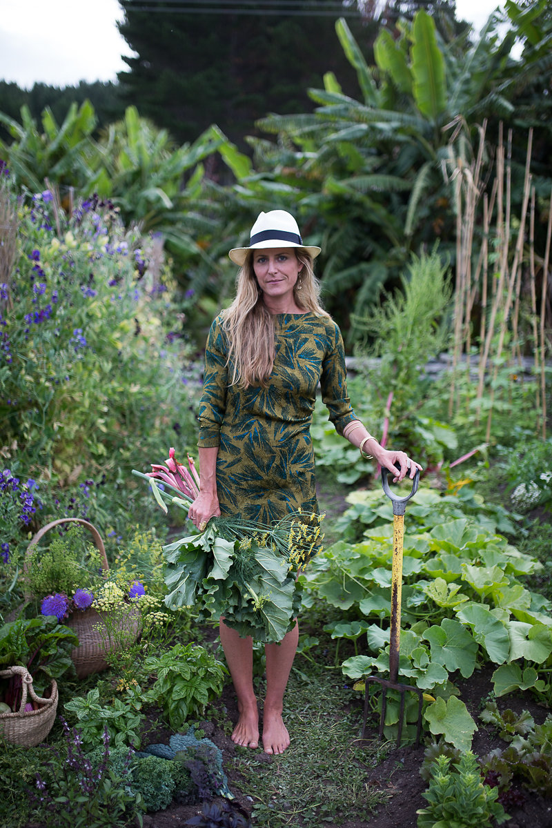 Wild delicious Gallery image Amber gardening foraging