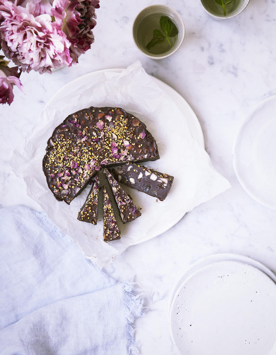 Wild delicious Gallery image raw chocolate and rose cake recipe
